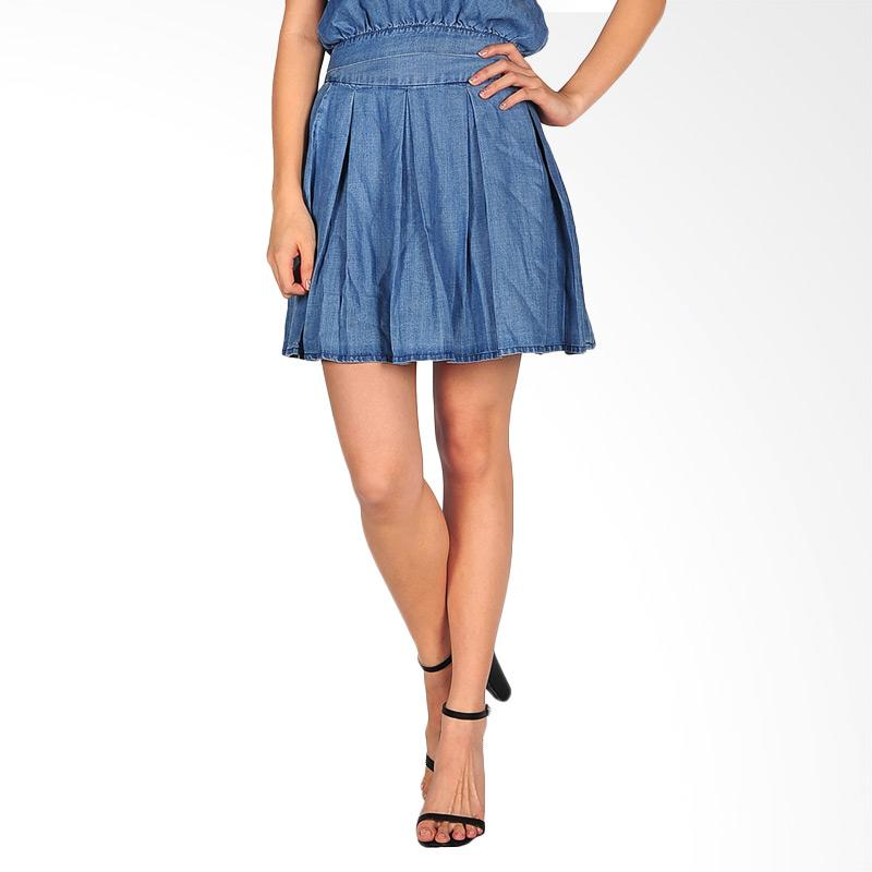 SJO & SIMPAPLY  Crones Denim Women's Mini Skirt - Medium Blue