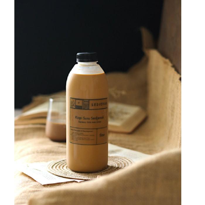 Sedjenak Koffie Kopi Susu Gula Aren 1 Liter