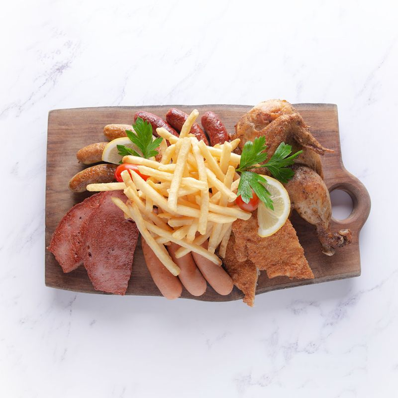 Kempinski Eats Paulaner Chicken and Beef Platter