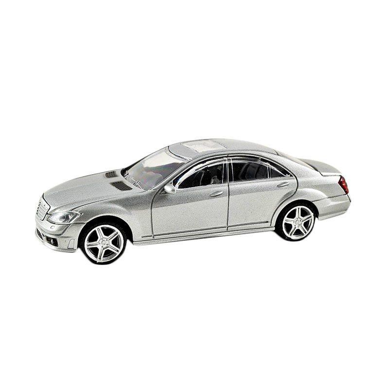 Rastar Mercedes S63 AMG Silver Diecast [9 cm]