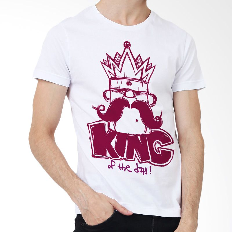 Adaptshirt Kaos Distro Pria King of The Day Putih T-shirt