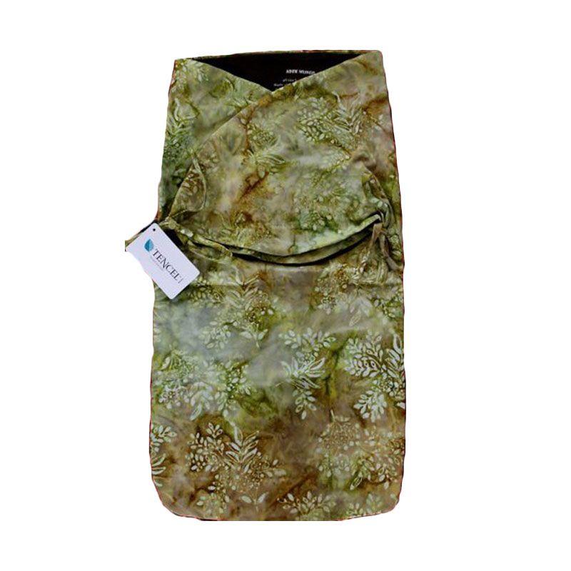 Petit Tigris Rekat Olive Batik Small Flower Kiwi Hijau Bedong Bayi