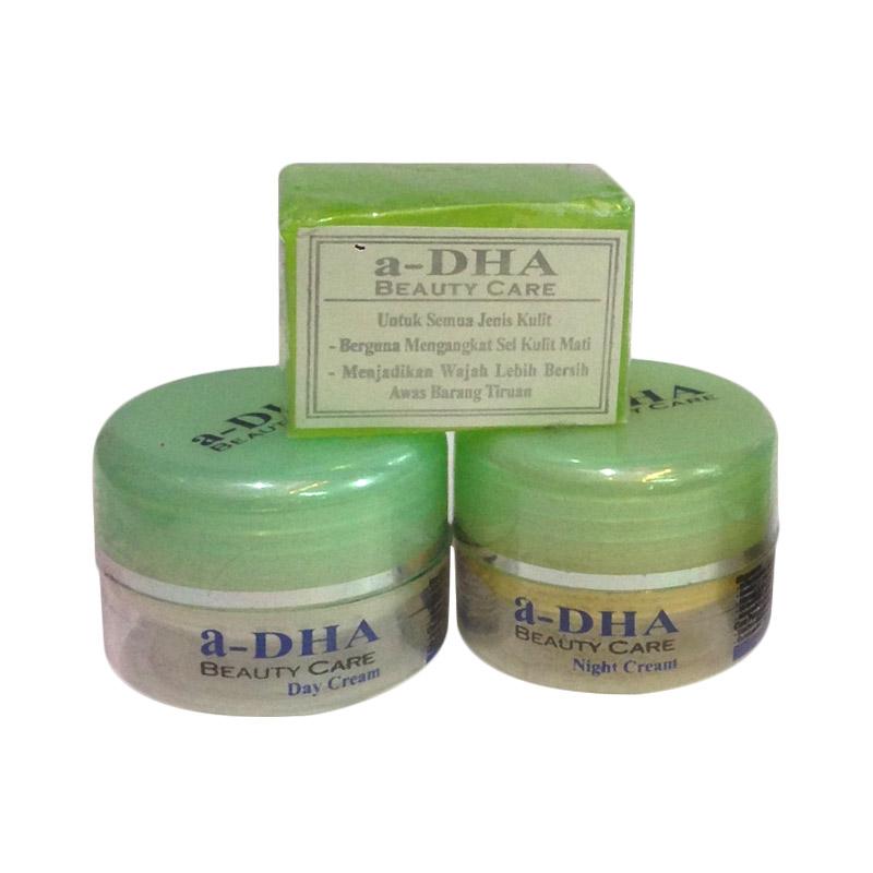Jual Adha Paket Cream Pemutih Wajah - Hijau [40 Tahun Keatas] Online - Harga & Kualitas Terjamin | Blibli.com