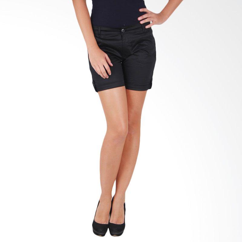 Adore Short Pants Black