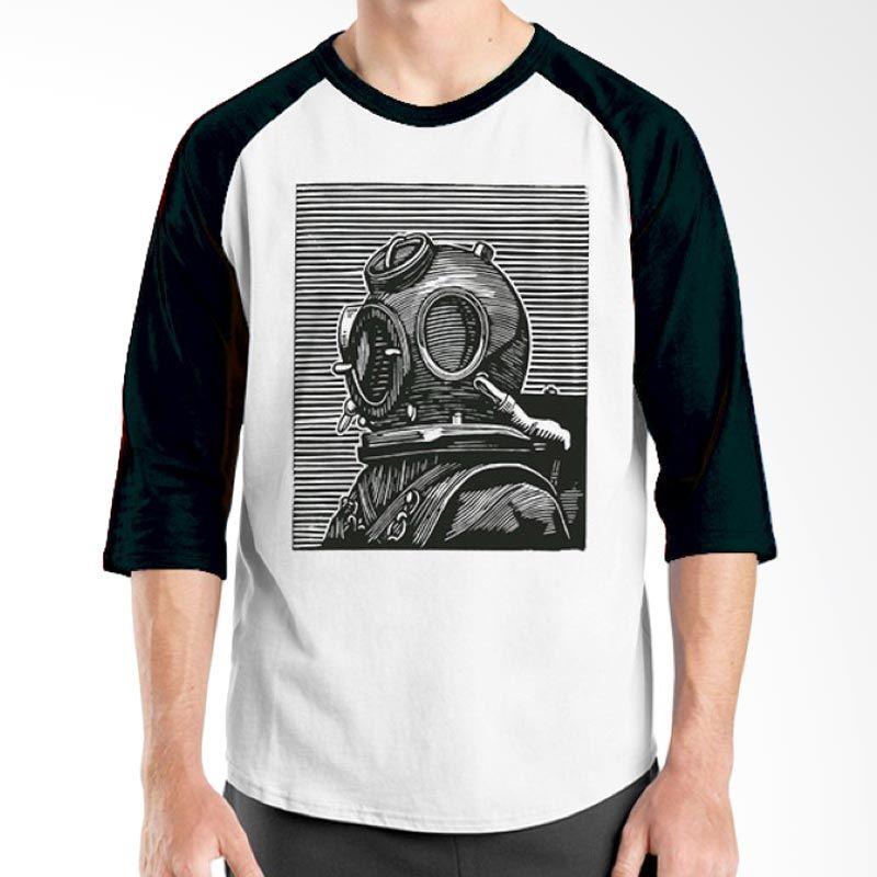 Ordinal Diving Geek 01 Raglan Hitam Putih T-Shirt Pria