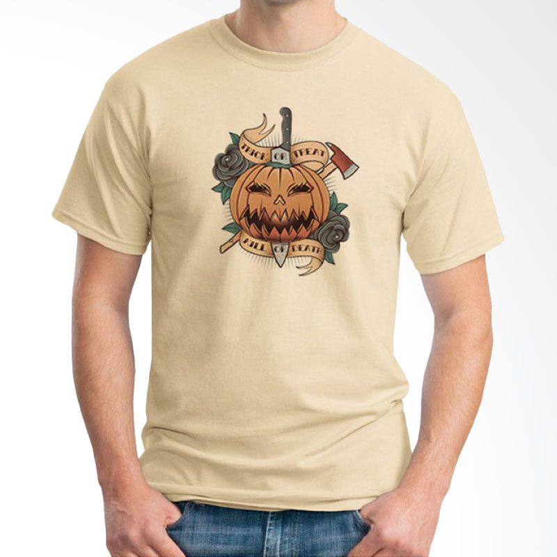 Ordinal Halloween Trick or Treat 03 Krem T-Shirt Pria