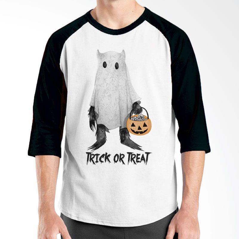 Ordinal Halloween Trick or Treat 06 Raglan Putih Hitam Kaos Pria