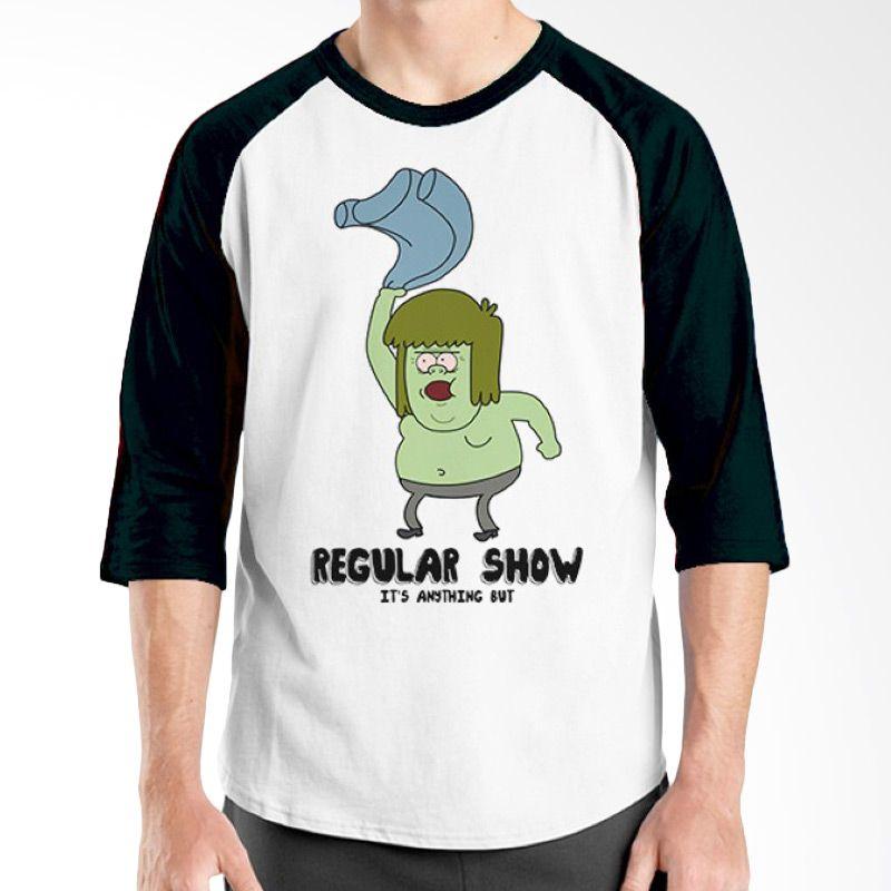 Ordinal Raglan Regular Show 14 Hitam Putih Kaos Pria