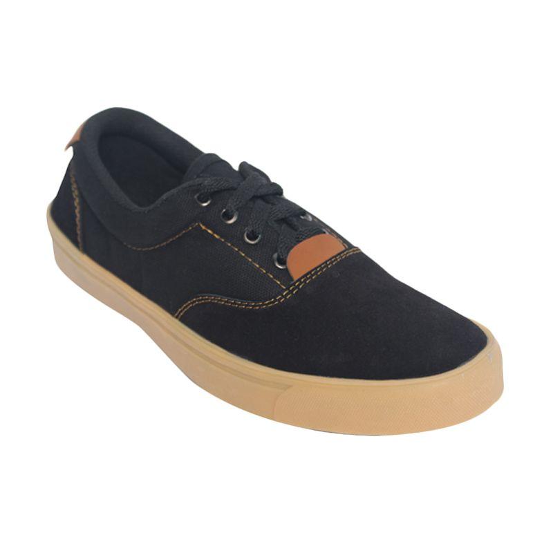 Raindoz Low Black Suede Sneakers