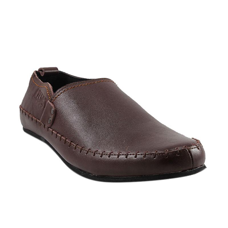 Jual Azcost Fummy Kulit Asli Slip On Sepatu Pria - Brown Online - Harga    Kualitas Terjamin  a5c2d49860