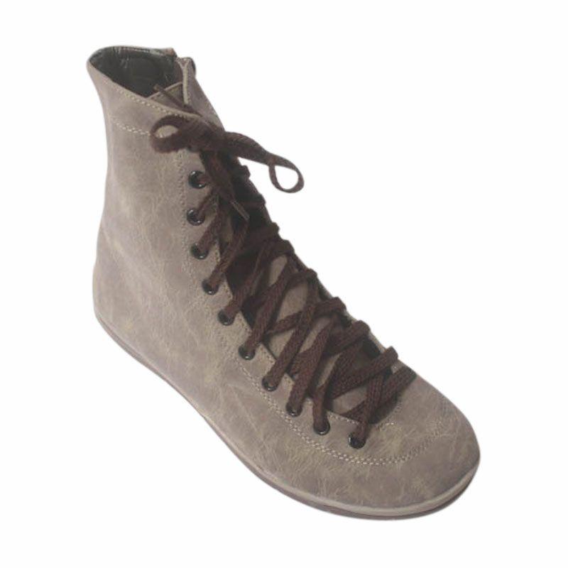 V33 Sepatu Boots Dark Brown