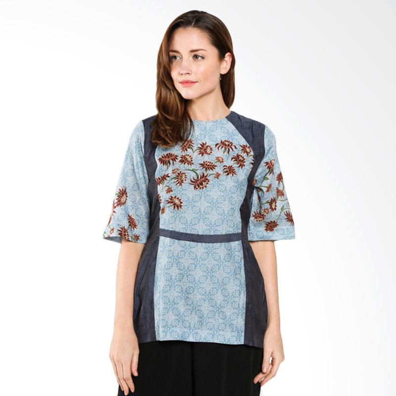 Batik Semar round diamond 143021 PI mekar sari 2.40 Biru Atasan Batik