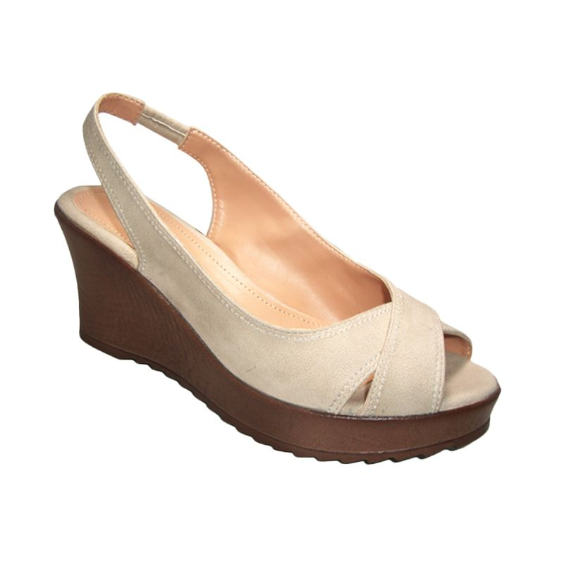 Benitz 7509 Wedge Cream Sepatu Wanita
