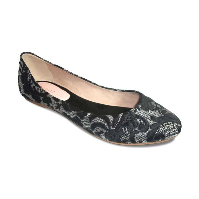 Benitz Flat 1218 Hitam Sepatu Wanita