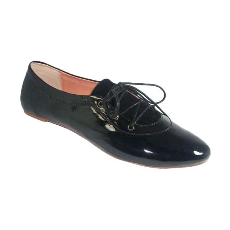 Benitz Flat 1222 Hitam Sepatu Wanita