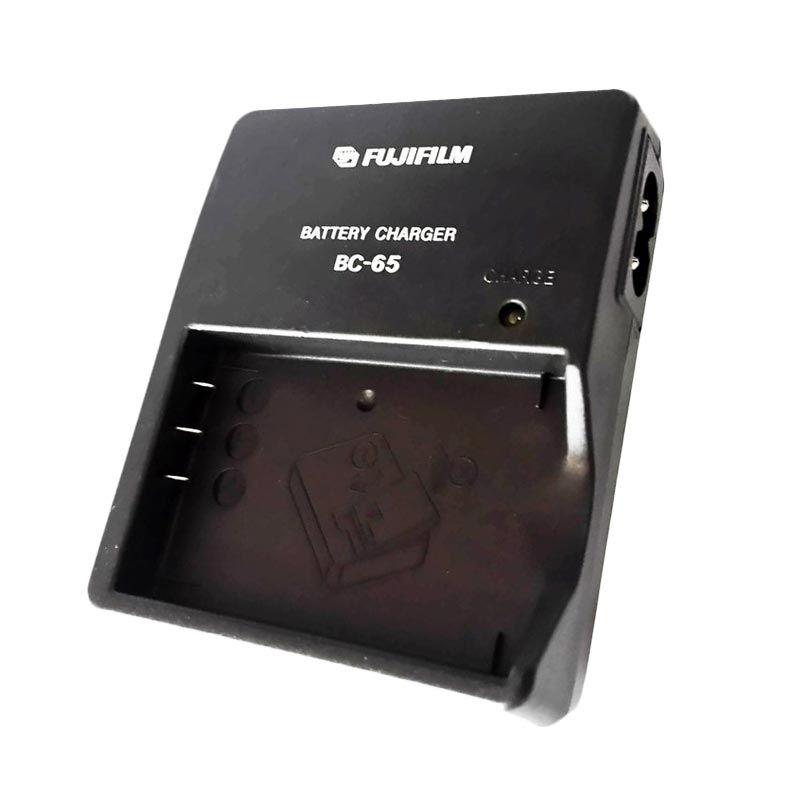 Fujifilm BC-65 for NP85 Hitam Baterai Charger