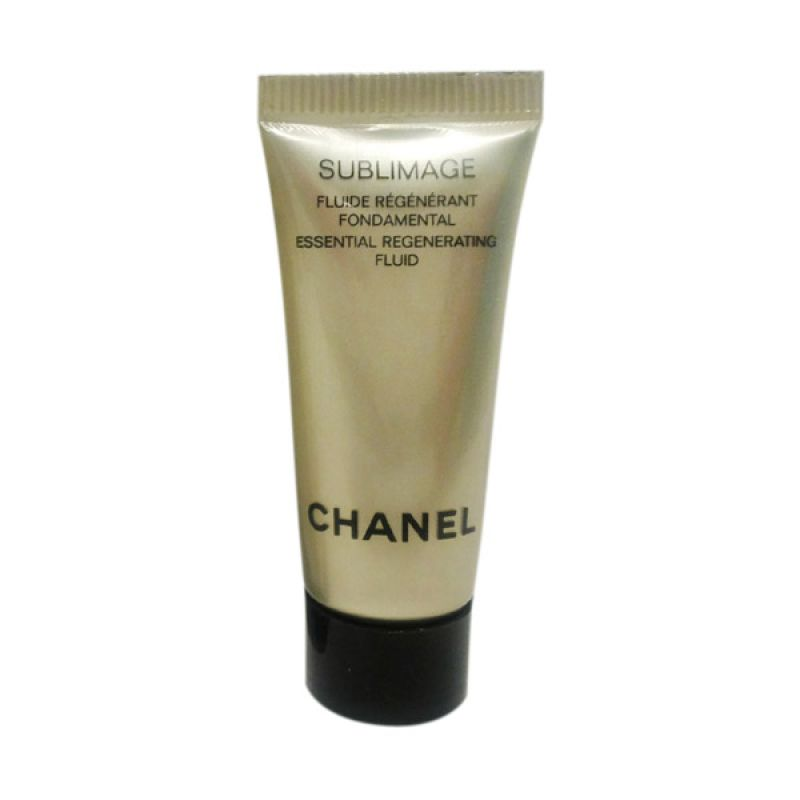 Chanel Sublimage Essential Regenerating Fluid Pelembab Wajah [5 mL]