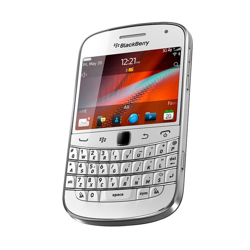 https://www.static-src.com/wcsstore/Indraprastha/images/catalog/full/blackberry_blackberry-dakota-9900-smartphone---white_full02.jpg