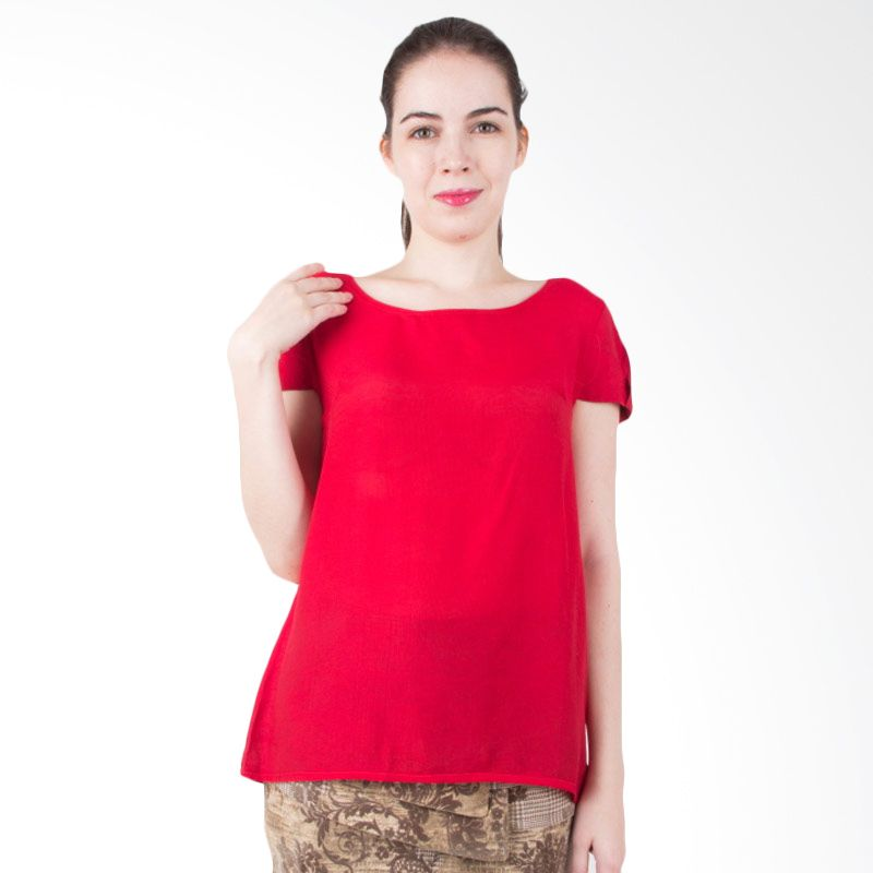 Blaize Modernist Red Top
