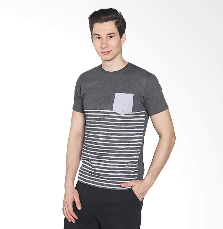 Brand Revolution 506360343333 T-shirt Brustripe - Black Extra diskon 7% setiap hari Extra diskon 5% setiap hari Citibank – lebih hemat 10%
