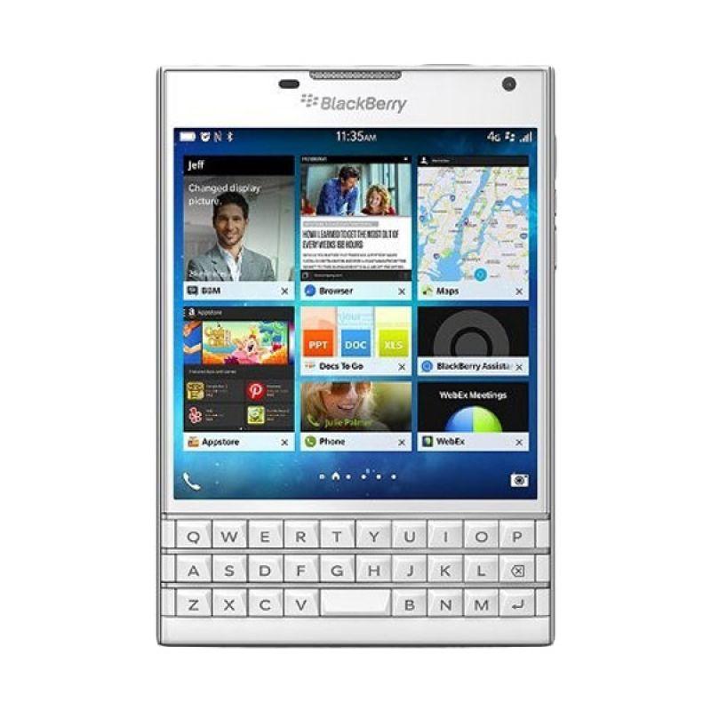 Blackberry Passport Putih Smartphone [32 GB/Garansi TAM]