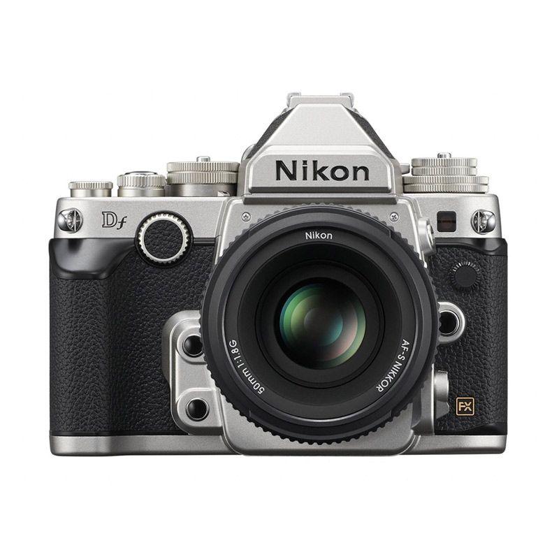 Nikon DF with AF-S NIKKOR 50mm f/1.8G Silver Kamera DSLR