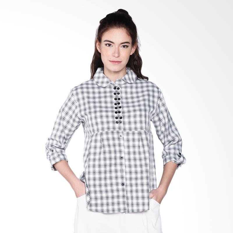 Carte Checkered Round Collared Shirt-White