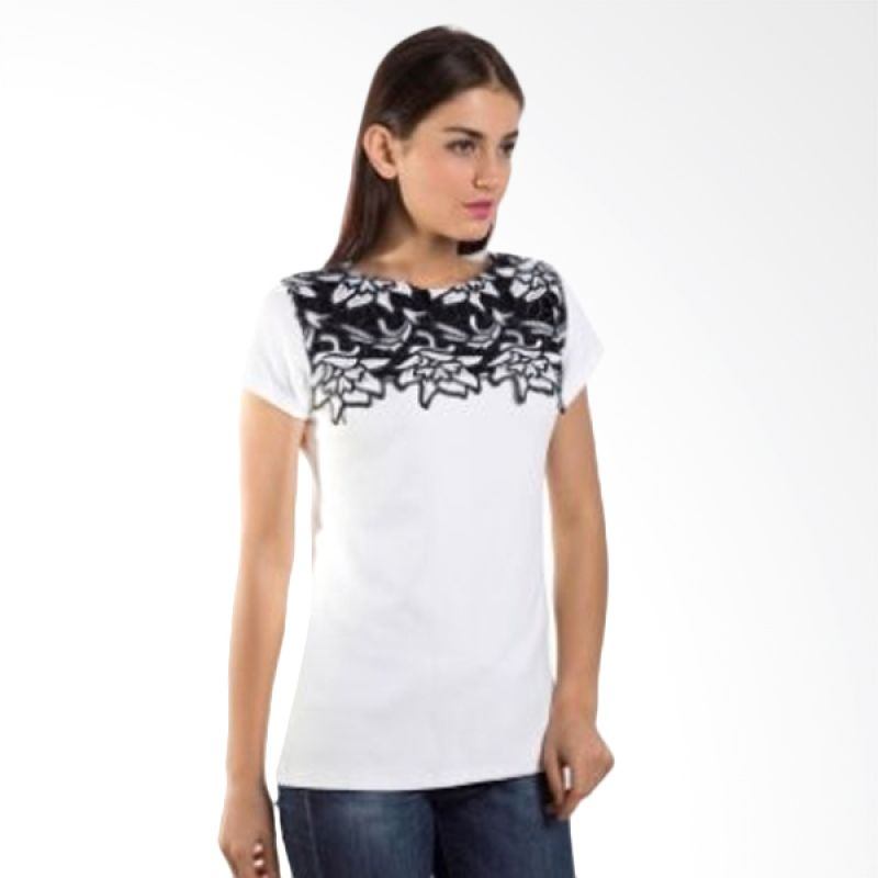 Carte Embroidered Floral White Atasan Wanita
