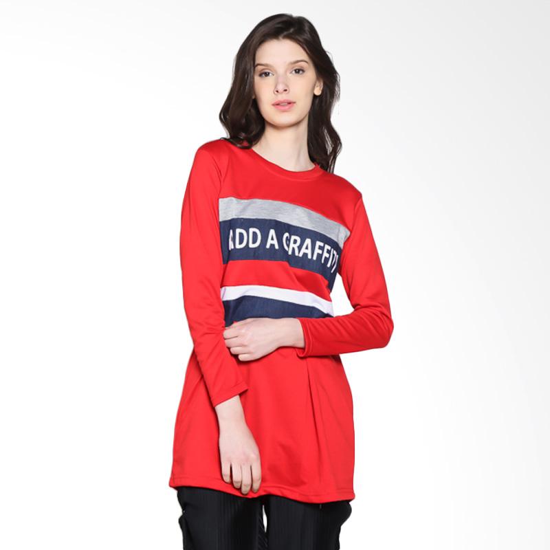 Carte Graffiti T-Shirt Kaos Wanita - Red