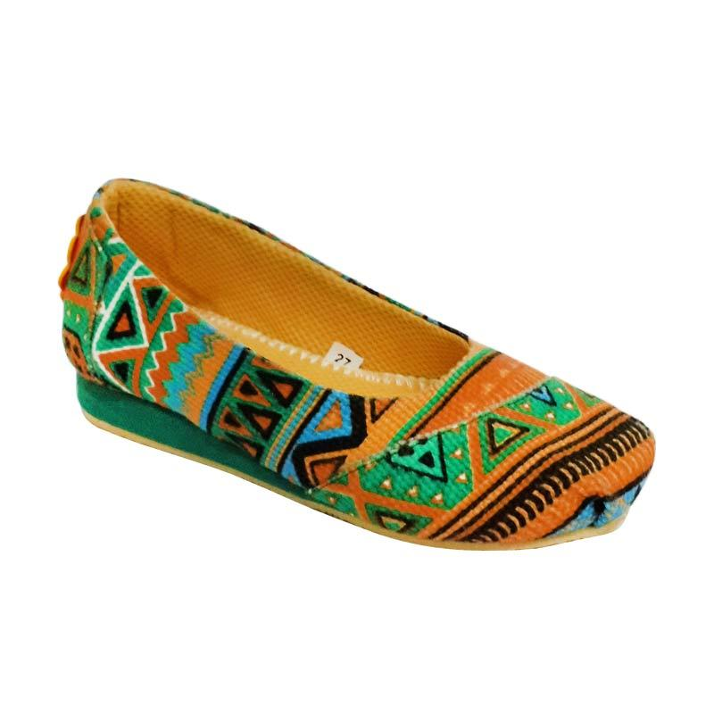 Caute Girls Flats Aztec Brown