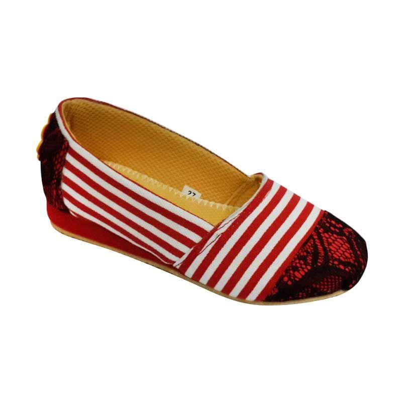 Caute Girls Flats Stripes Red