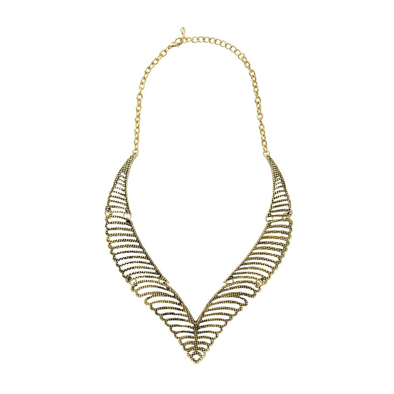 https://www.static-src.com/wcsstore/Indraprastha/images/catalog/full/cherise-paxton_cherise-paxton-dallas-ethnic-necklace-gold-kalung_full04.jpg