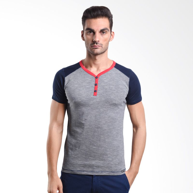Cressida Back Panel Henley Red Paping Navy 125C143 N T-Shirt Pria