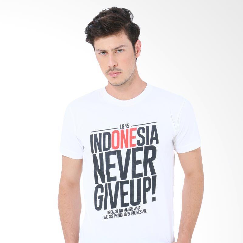 Crows Denim FMS INA-02 White Kaos Pria Extra diskon 7% setiap hari Extra diskon 5% setiap hari Citibank – lebih hemat 10%