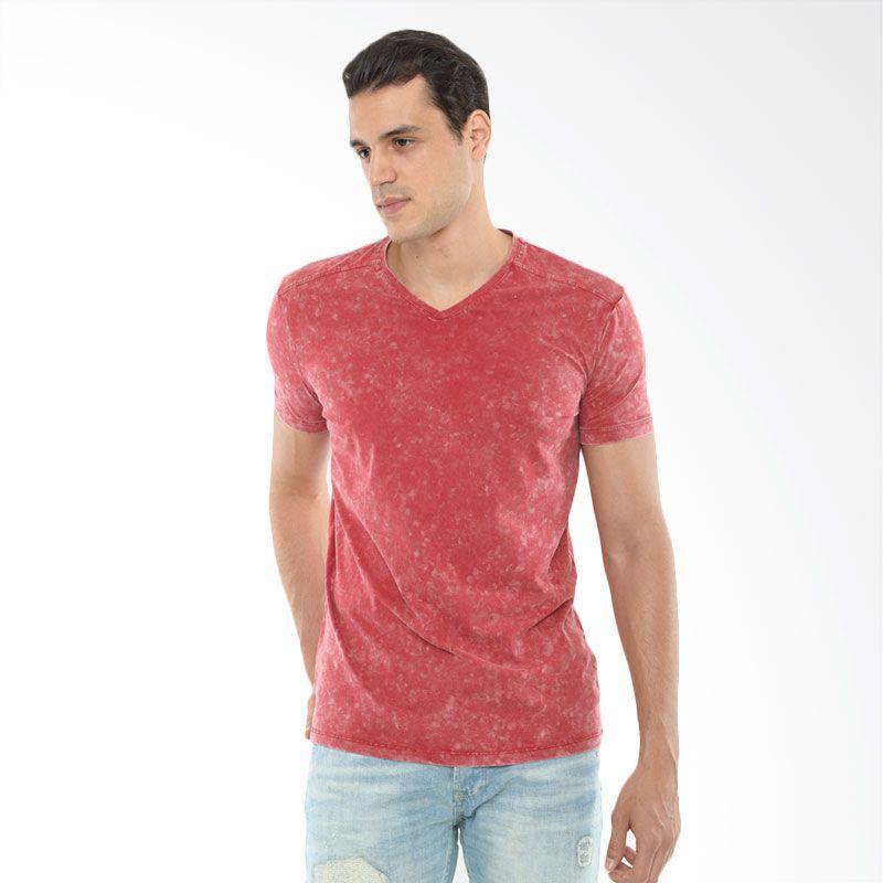 CVNL Classic Slimfit V Neck Merah Kaos Pria Extra diskon 7% setiap hari Extra diskon 5% setiap hari Citibank – lebih hemat 10%