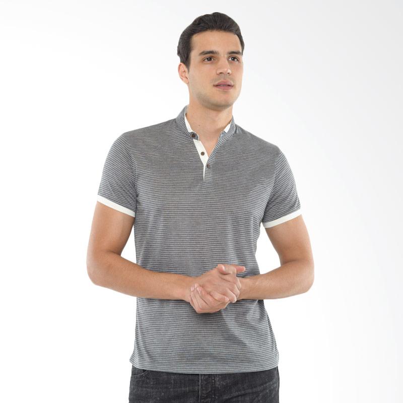 CVNL Stand Collar Slimfit Stripe Abu Tua Kaos Polo Pria Extra diskon 7% setiap hari Extra diskon 5% setiap hari Citibank – lebih hemat 10%