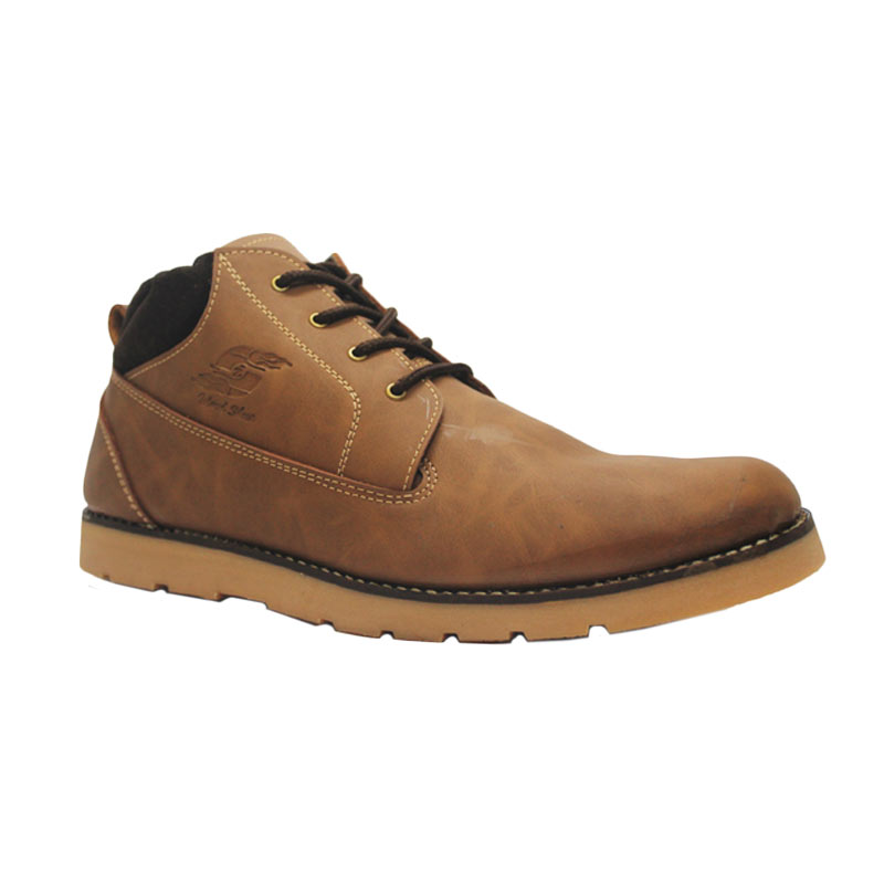 D-Island Shoes Boots Sole Rubber Top Velvet Leather Sepatu Pria - Brown