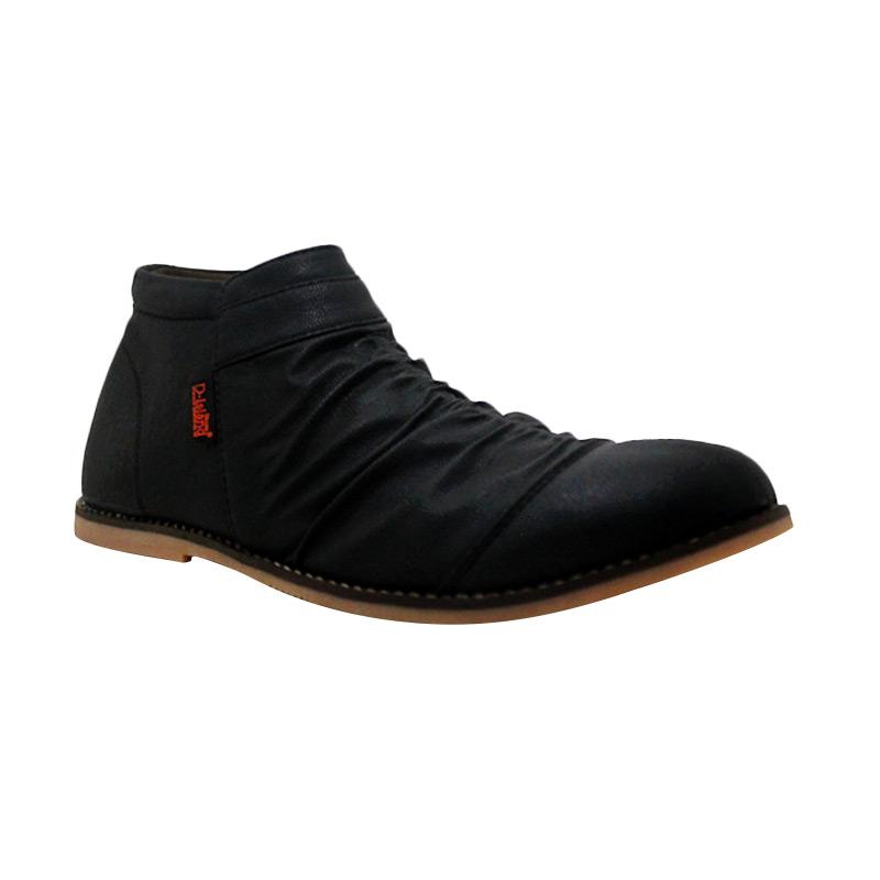 D-Island Shoes Slip On Zipper Wrinkle Leather Sepatu Pria - Black
