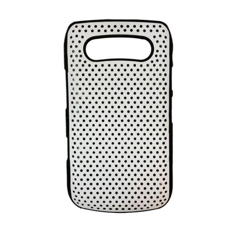 Delcell Hard Case Bintik Bintik Kecil for BlackBerry 9700/9020 Putih