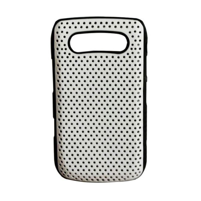 Delcell Hard Case Motif Bintik Bintik for BlackBerry 9700/9020 Putih