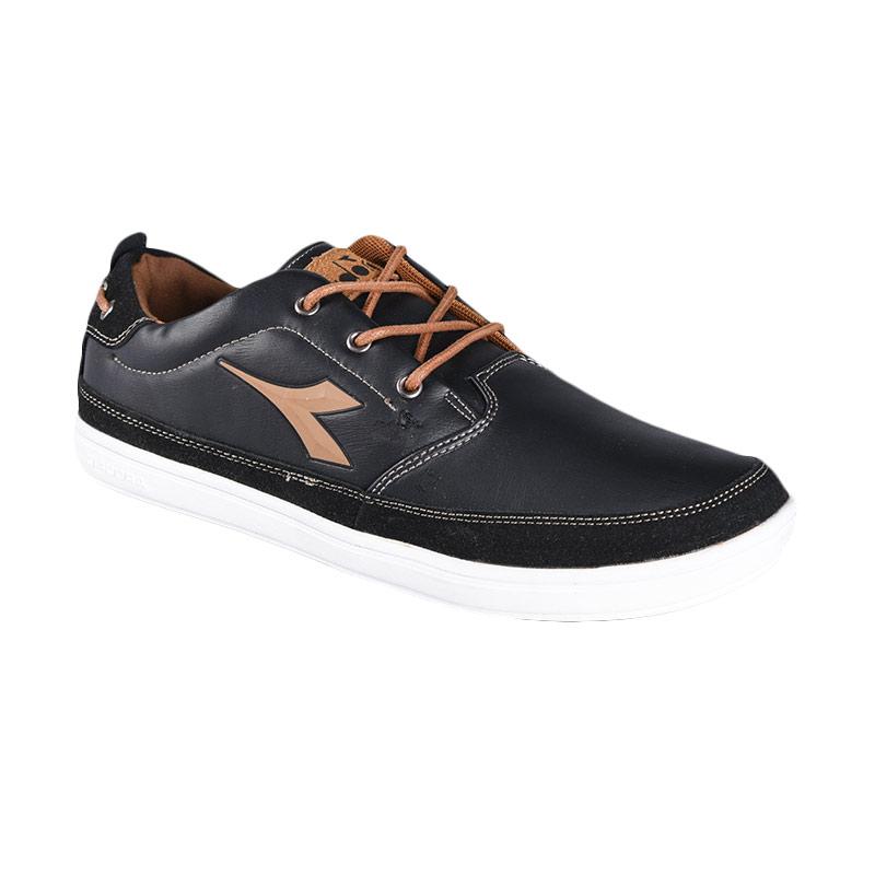 harga Diadora Talio DIACAW5103BK Sepatu Olahraga Blibli.com