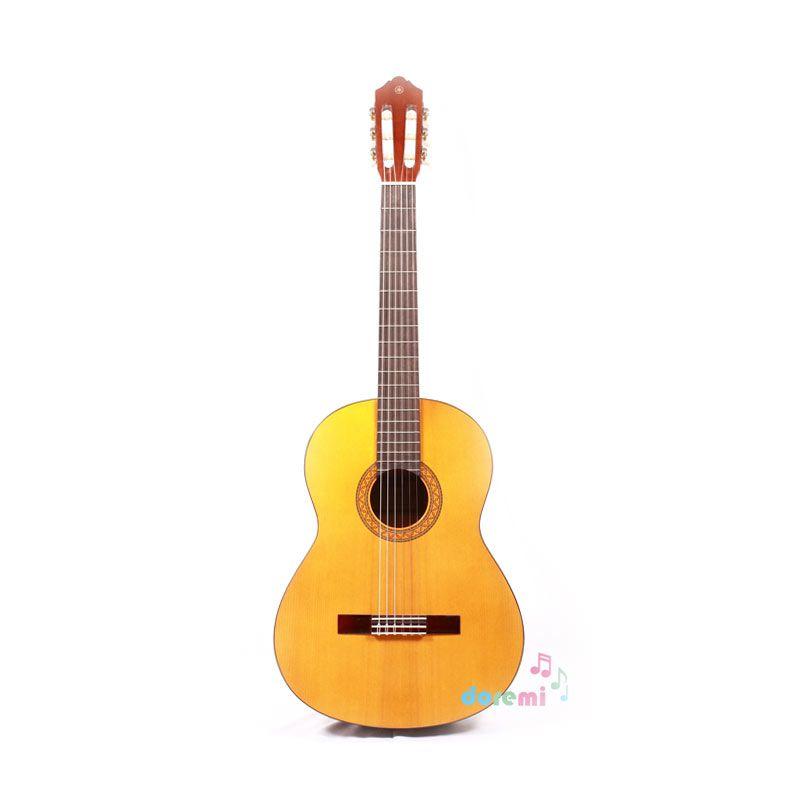 Yamaha Classic Guitar C-330