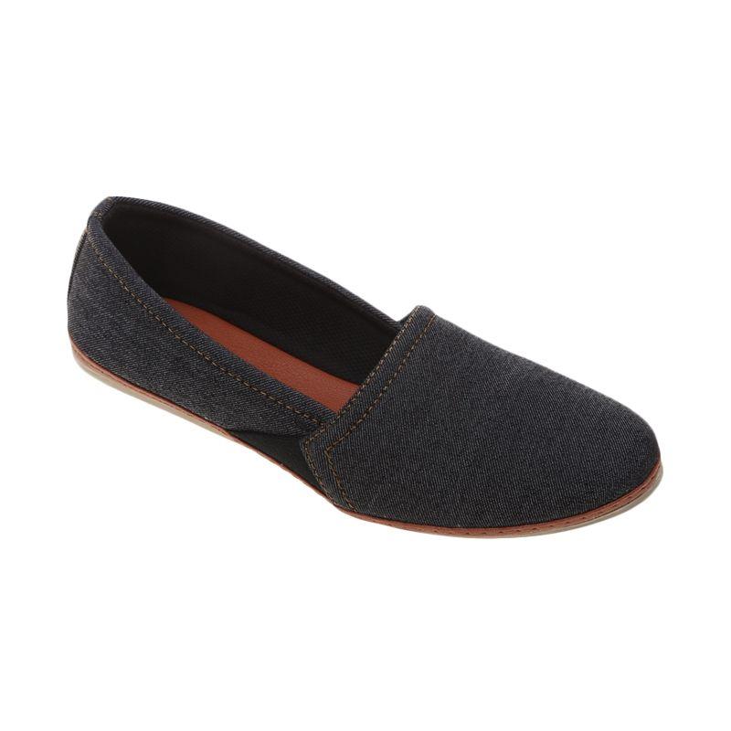 Dr Kevin Denim 4380 Biru Sepatu Flat