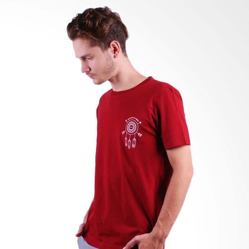 DSVN Dhrupad T-Shirt Pria - Maroon Extra diskon 7% setiap hari Citibank – lebih hemat 10% Extra diskon 5% setiap hari
