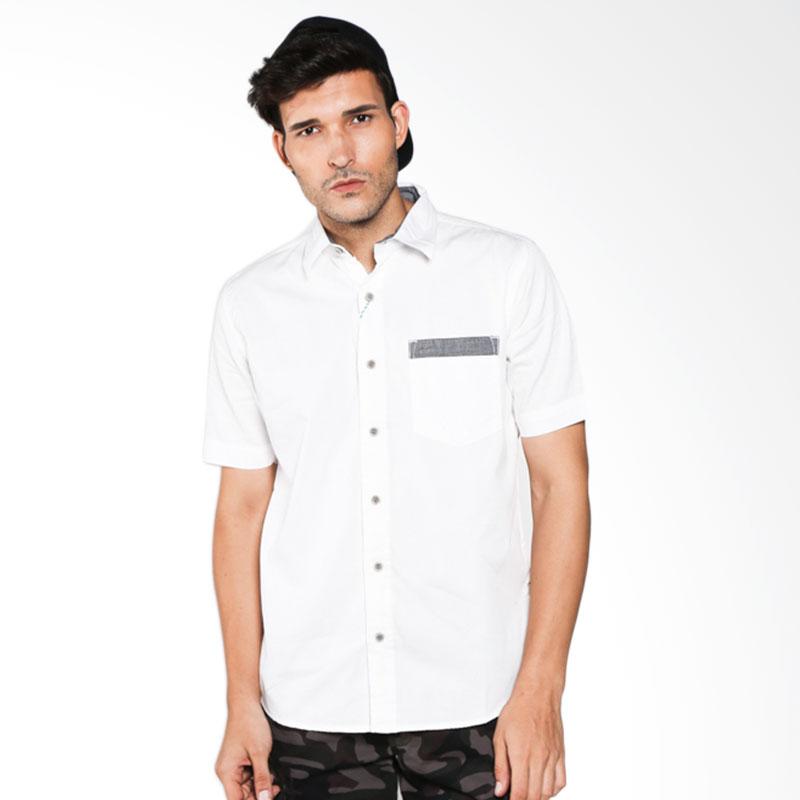 Emba Casual Shirts Martin 860 07601 28 White Shirt Pria Extra diskon 7% setiap hari Extra diskon 5% setiap hari Citibank – lebih hemat 10%