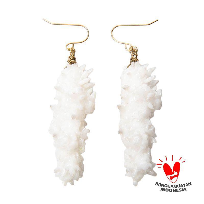Environmental Jewelry Long Snowwhite Stone With Golden Hook Earring