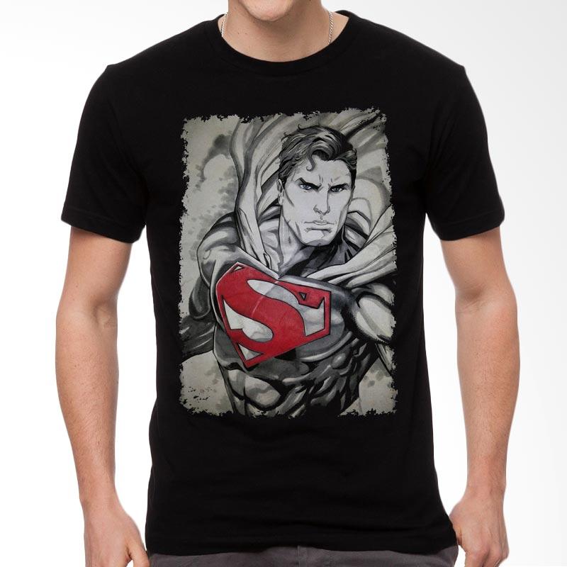 Fantasia Illustrated Superman T-Shirt Pria Extra diskon 7% setiap hari Extra diskon 5% setiap hari Citibank – lebih hemat 10%