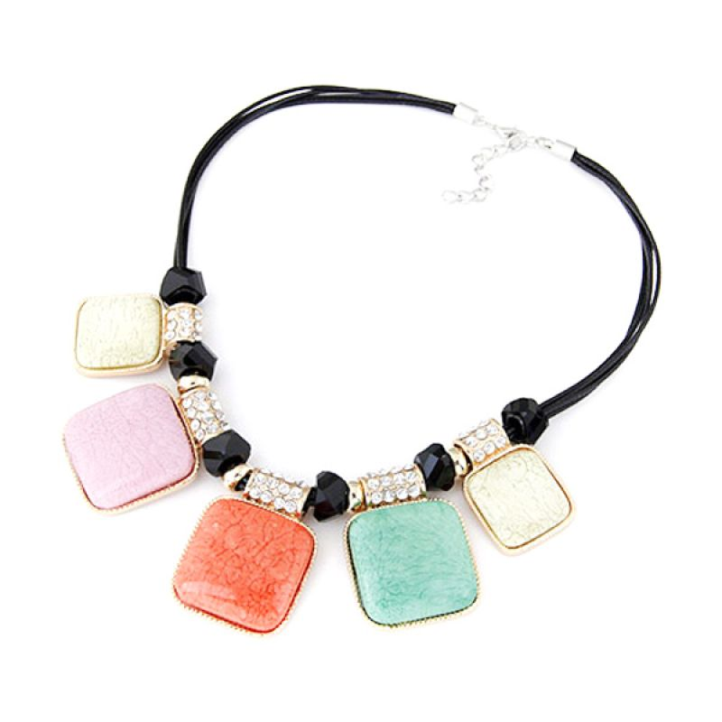 Fashionista Korea Gemstone Square KN39326 Multicolor Kalung Wanita