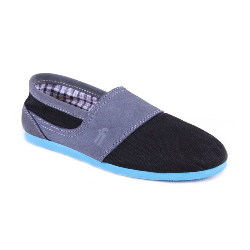 Flankers Bradford Slip On Black