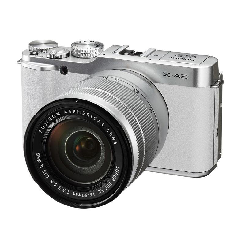 Fuji X A2 XC + 16-50 White